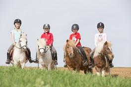 Eine gute Kinderreitschule – mehr als nur reiten lernen